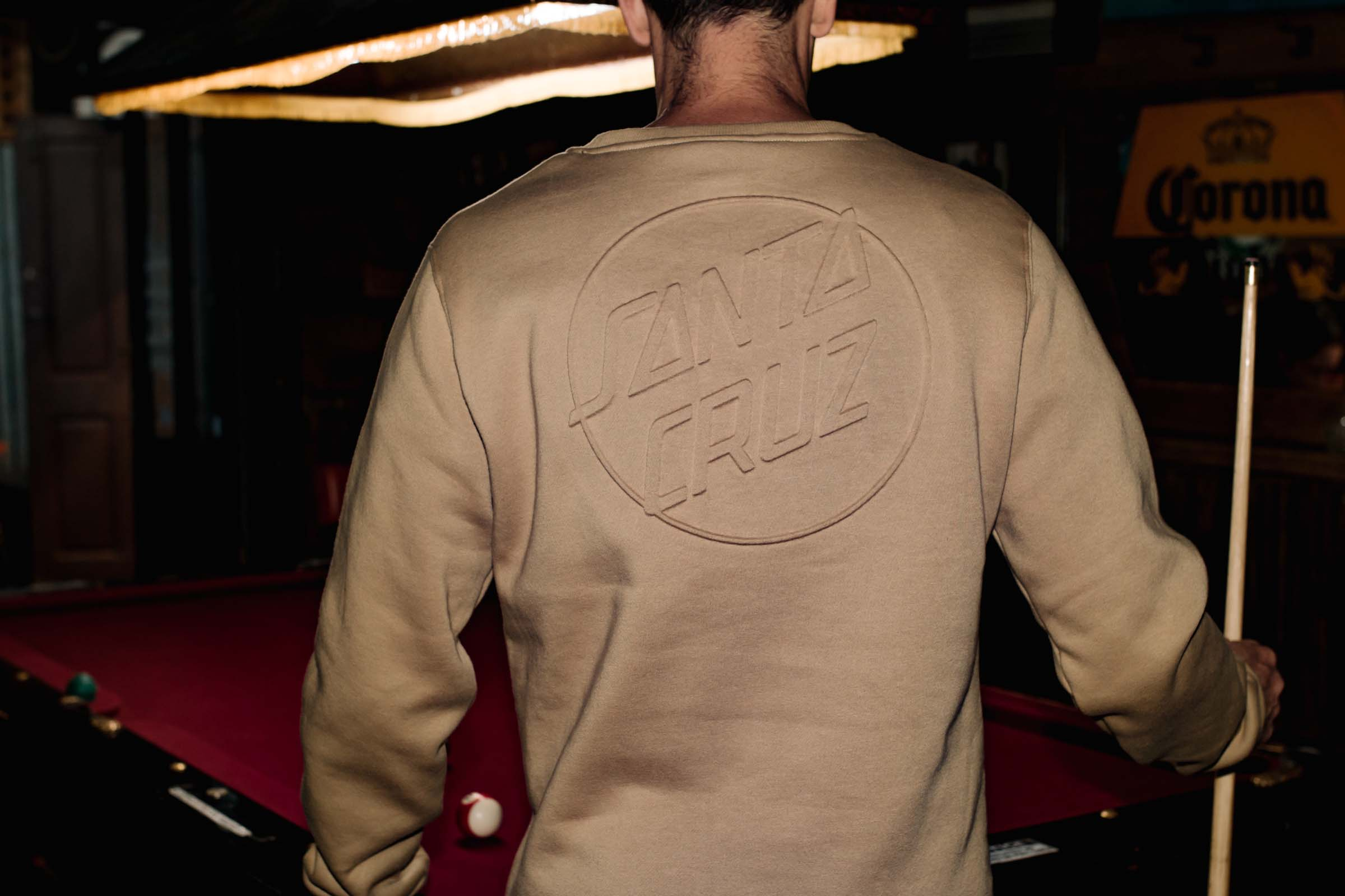 Santa Cruz DOT EMBOSS CREW FLEECE